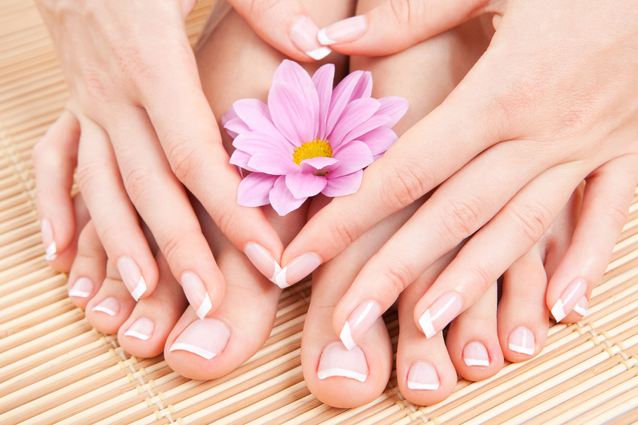 responsive-web-design-first-nails-spa-00089-manicure
